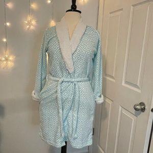NWOT Blue Star bathrobe